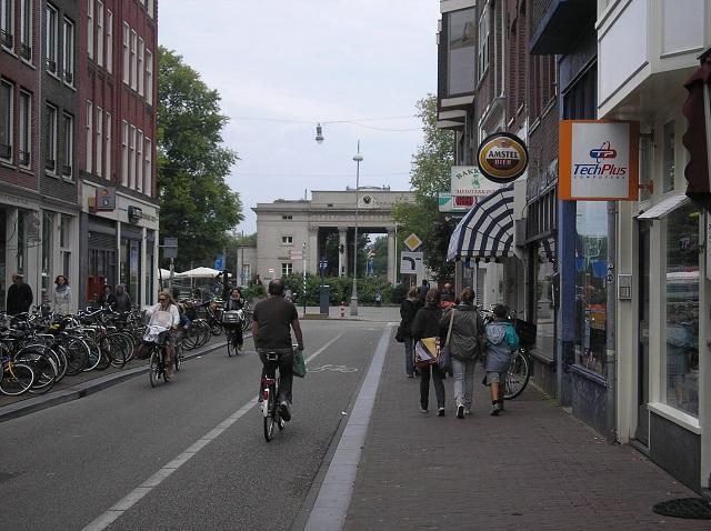 Blick auf das Haarlemmertor in Amsterdam