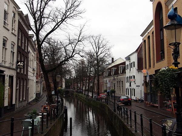 Mondriaanhuis an der Kortegracht