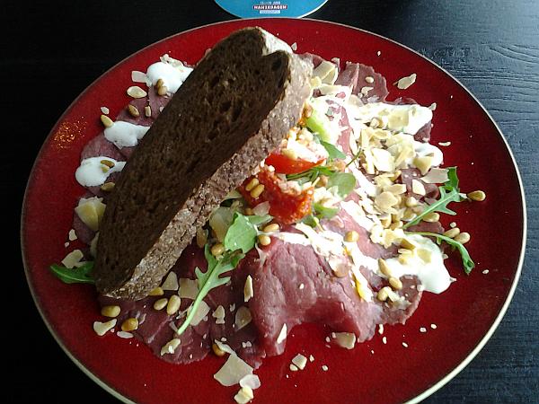 Essen in der Stadsherberg Kampen