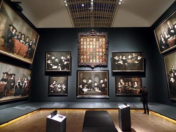 Holländer des Goldenen Zeitalters in der Hermitage Amsterdam