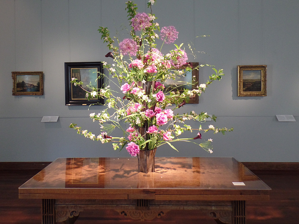Flowers meets Art in Farns Hals Museum
