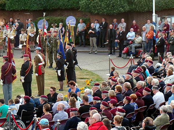 Gedenkveranstaltung auf dem Airborne Plein in Arnhem