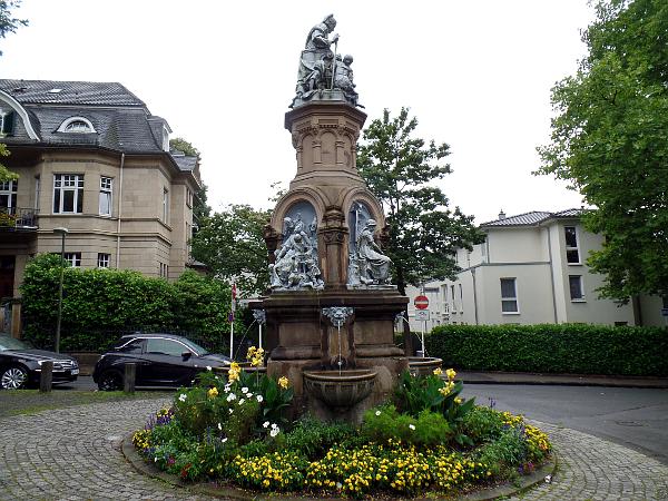 Märchenbrunnen im Wuppertaler Zooviertel