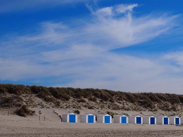 Strandhäuser am Strand von De Koog