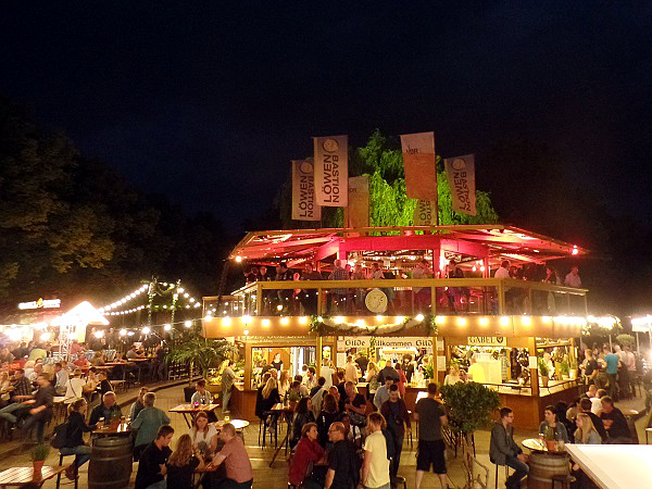 Die Löwenbastion bij het Maschsee in Hannover