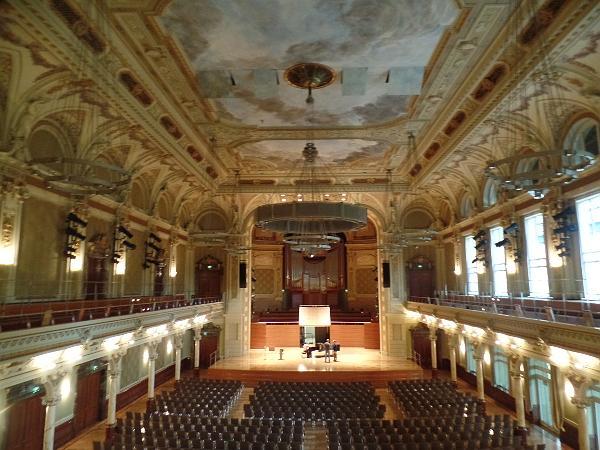 der Große Saal in der historischen Stadthalle in Wuppertal