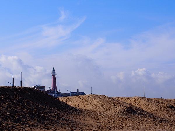 Leuchtturm von Scheveningen mit Ringen aan Zee
