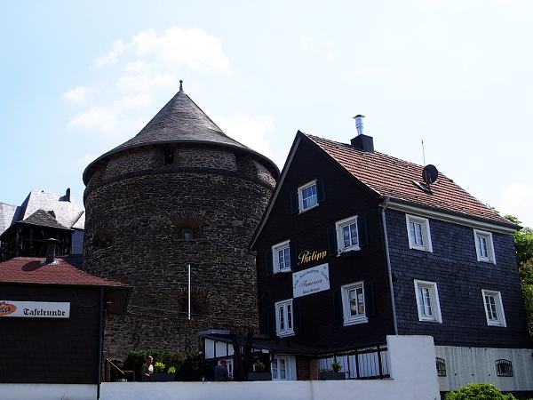 Fachwerkidylle auf Schloss Burg
