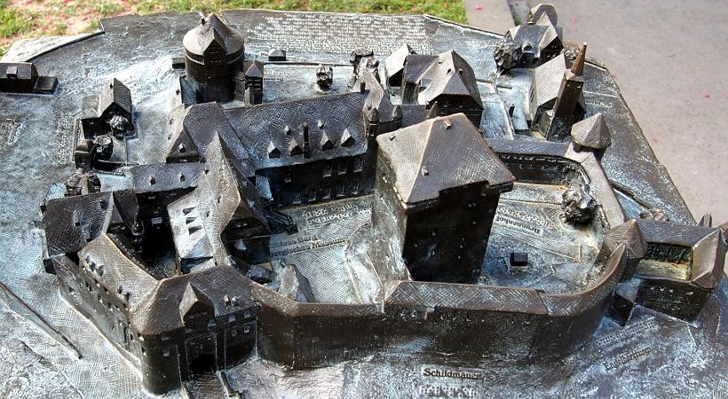 Modell von Schloss Burg
