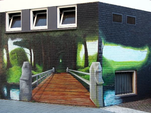 Streetart in Hengelo - die Brücke