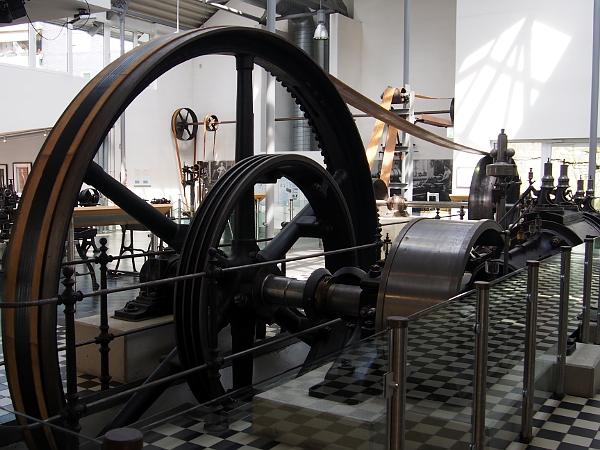 Dampfmaschine im Werkzeugmuseum Remscheid